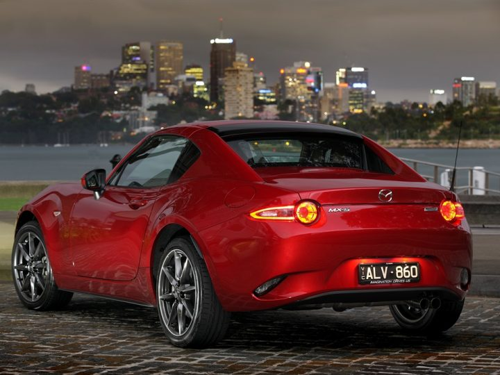 ALL-NEW MAZDA MX-5 RF: BEAUTIFUL FASTBACK STYLING, PURE DRIVING FUN